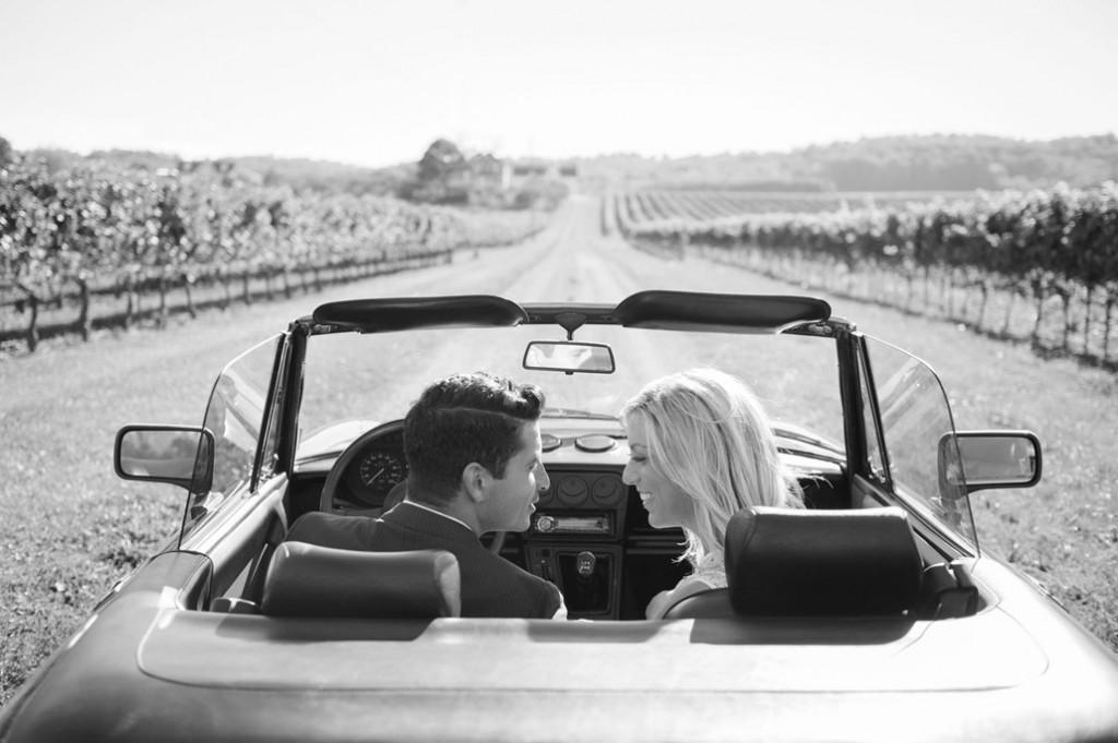 mariés sur le départ pour wedding destination