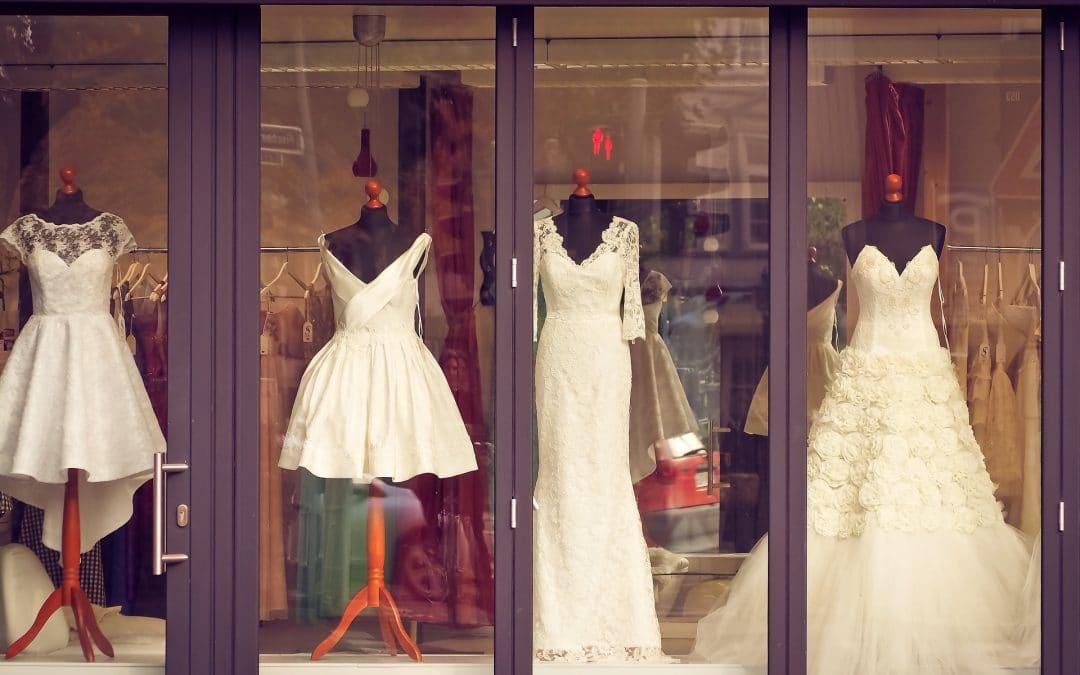 Comment choisir la robe de mariée de ses rêves ? 30 Choses à Savoir !